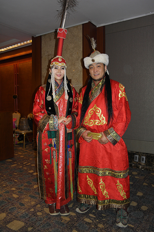 Mongolia stages dinner-fashion show to mark diplomatic anniversary
