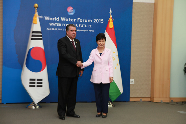 Korea, Tajikistan in for increased cooperation in economic, other areas