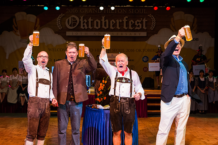 Seoul Oktoberfest with 'Early-bird sales'