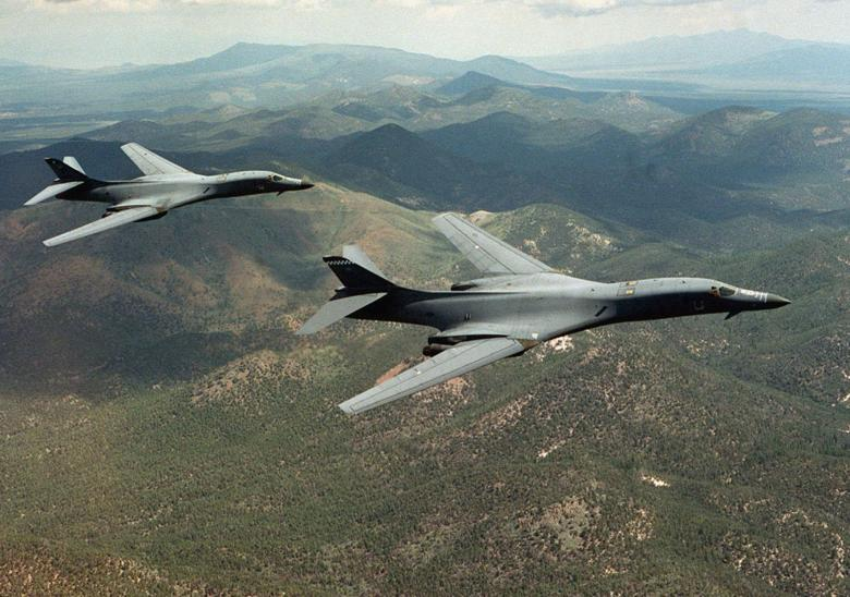 U.S. sends 2 B-1B bombers to S. Korea in warning against North's missile test