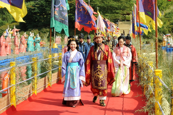Envoys, spouses invited to Hanseong-Baekje Culture Festival 2017 on Sept. 24