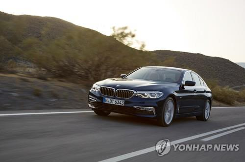 Sales of luxury cars in S. Korea exceed those of richer countries: data