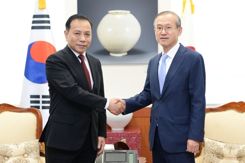 S. Korea, Vietnam agree to improve bilateral ties