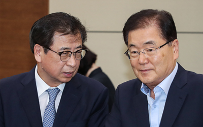 Moon sends envoys to China, Japan to explain outcome of N. Korea visit