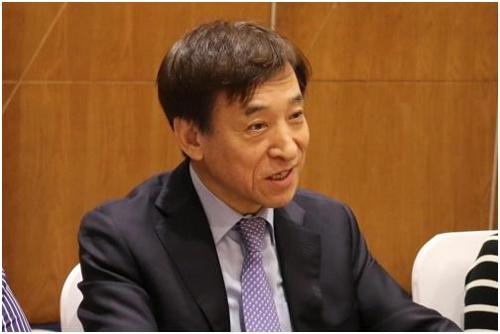 S. Korea's economy could improve, rate cut not in offing: central bank chief