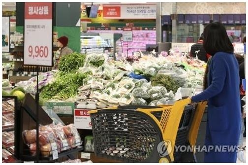 Consumer price growth stays below 1 pct for 5th month