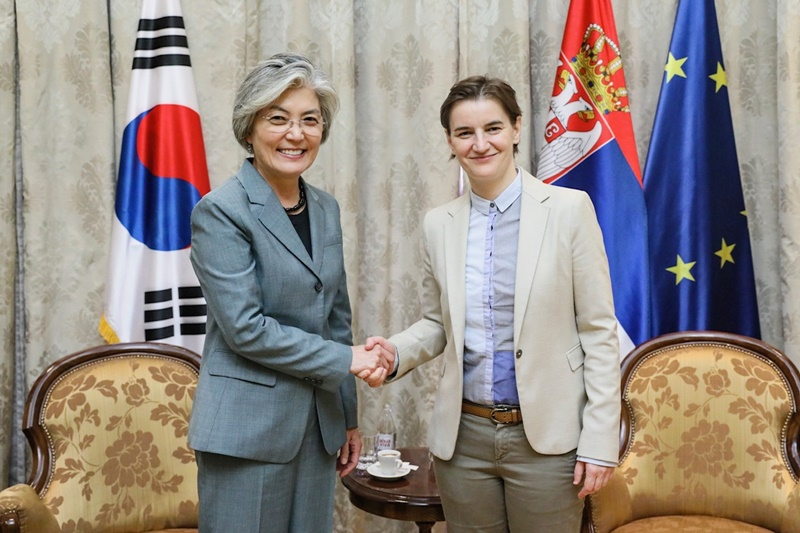 Foreign Minister Kang thanks Serbian President, asks for continued support for Korea