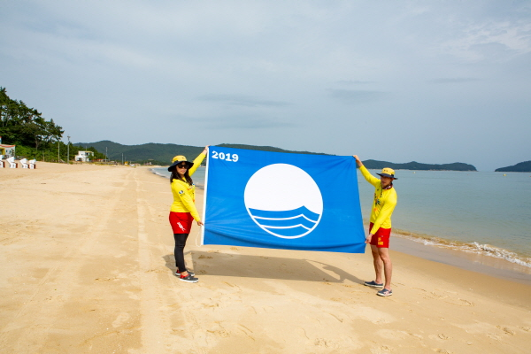 Wando beach is certified as eco-friendly beach for the first time in Korea