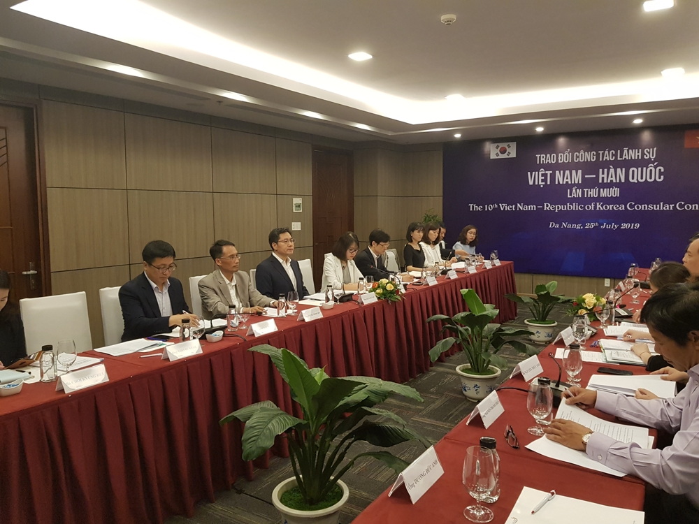 S. Korea, Vietnam hold consular talks to prevent violence against Vietnamese wives