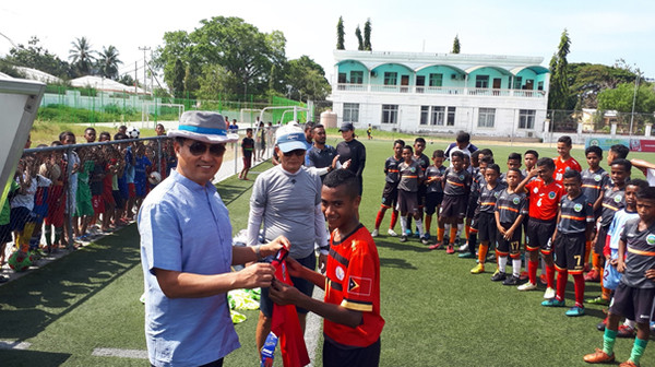 Mr. Choi's association group PSC members visited East Timor to donate uniforms and soccer gears to youth soccer team in 2019.