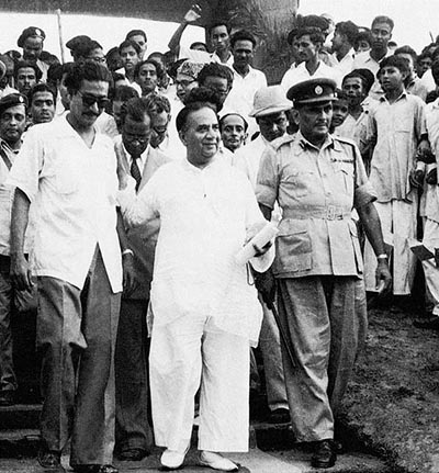 Sheikh Mujibur Rahman with his political mentor and the then Prime Minister of Pakistan Huseyn Shaheed Suhrawardy (1956).