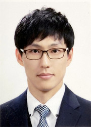 Reporter Kim Young-myung