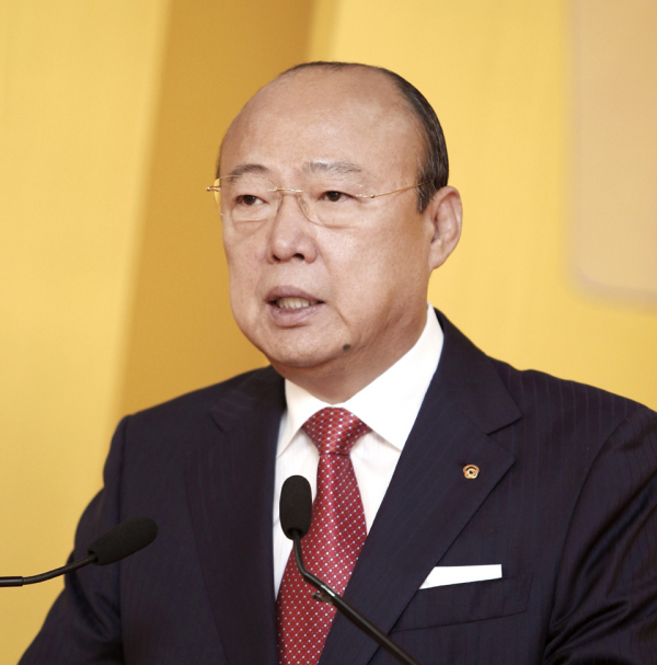 Kim Seung-yeon, chairman of Hanwha Group