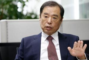 Newly tapped conservative leader attacks Moon govt, ruling camp