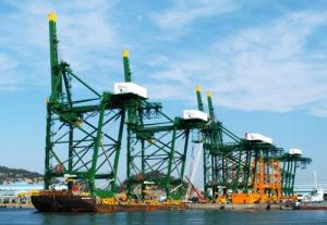 Hyundai Heavy unit wins deal for 4 container cranes